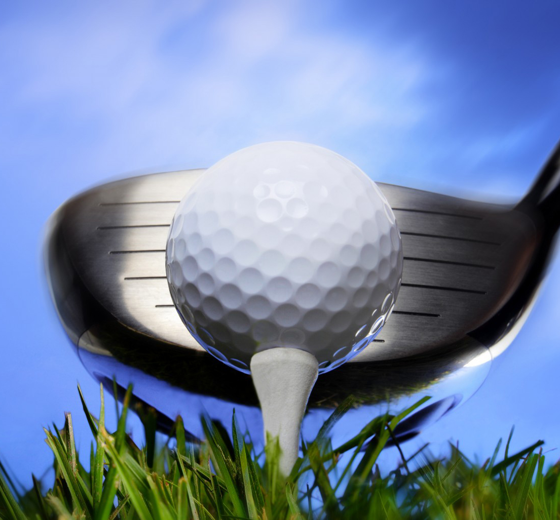 On-blue-sky.-Golf-ball-on-tee.jpg